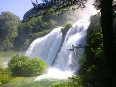 cascata-delle-marmore-bosco