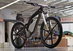 Audi e-Bike Worthersee. I'm curious.Where is the seat? It looks like an awesome hybrid bike !