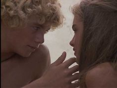 Christopher Atkins  and Brooke Shields in Blue Lagoon (1980)