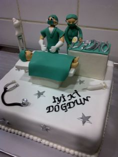 #doctor #cake #sugar paste #hospital #Muskat patisserie #nurse #operation