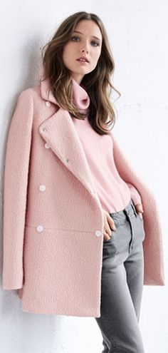 Love the pink and grey combo!