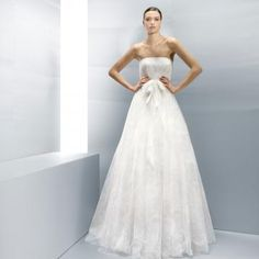 Summer Strapless A-line Organza Applique Bridal Wedding Dresses