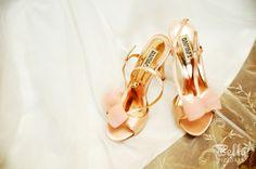 Peach and gold wedding shoes #badgleymischka