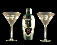 Boston Red Sox Martini Gift Set 2 Glass & Shaker New Boelter http://www.amazon.com/dp/B001H8W8BS/ref=cm_sw_r_pi_dp_UydRtb11FFBEVQCT