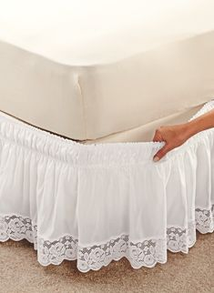 Fantastic Photo Wraparound Lace-Trimmed Bedskirt Suggestions The IKEA Kallax series Storage furniture is an essential part of any home. Home Decor Furniture, Home Decor Bedroom, Diy Home Decor, Bed Wrap, Rideaux Design, Lace Bedding, Chic Bedding, Sofa Covers, Bed Spreads