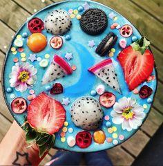 Oreo Smoothie, Smoothie Drinks, Smoothie Bowl, Smoothies, Hotdish Recipes, Coconut Bowl, Coconut Milk, Vegan Candies, Fruit