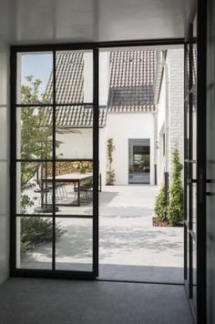 Guides to Choosing A Glass Door Design That'll Fit Your House The Use of Glass Doors: 171 Modern Style Inspirations www. Door Design, Exterior Design, Interior And Exterior, House Design, Steel Windows, Windows And Doors, Black Windows, Interior Design Minimalist, Interior Barn Doors
