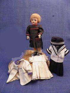 """Poupée Bleuette moule 60-8/0 - XX century classic """"Bébés"""" - Antique dolls"""