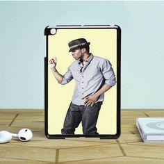 Jason Derulo with hat iPad Mini 2 Case Dewantary