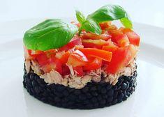 Černá čočka s tuňákem recept - TopRecepty.cz Sushi, Healthy, Ethnic Recipes, Fit, Shape, Health, Sushi Rolls
