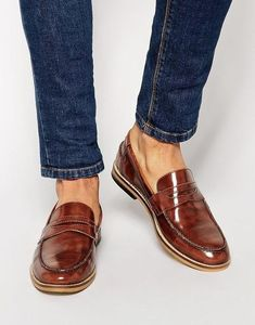 The Best Men's Shoes And Footwear : Classic Cognac Patent Leather Penny Loafer, Men's Spring Summer Fashion. Fancy Shoes, Formal Shoes, Me Too Shoes, Casual Shoes, Casual Wear, Fashion Mode, Mens Fashion Shoes, Men S Shoes, Fashion Styles