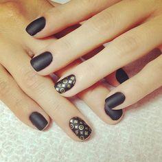 Black matte nails - Nail art