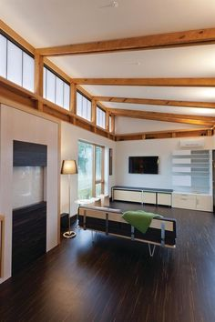 The Fancy Clearstory Windows Ideas with Best 25 Clerestory Windows Ideas On Home Decor House Roof Flat 9270 above is one of pictures of home decorating and Roof Beam, Roof Trusses, Roof Truss Design, Butterfly Roof, Exposed Rafters, Roof Lines, Clerestory Windows, Roof Architecture, Flat Roof