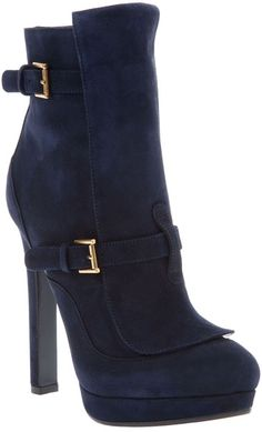 Blue suede shoes to match my blue suede bag! http://be.luxe.ly/vTLKSK