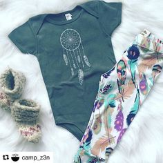 #Repost @camp_z3n ・・・ If you're looking for the perfect onesie you gotta check out @jaybirddreams 😍super soft and cozy, tons of different designs and a HUGE selection of colors! Go get yours today..... #shopsmall #christmasiscoming #leggings #handmade #campz3n #madeinsk #madeincanada #rundontwalk #JDreams #igkids