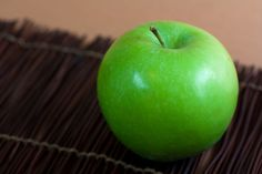 Consume More Granny Smith Apples to Fight Obesity