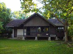 "Sundanese traditional house ""Villa Nyangkokot"" - Sukabumi"