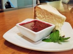 New York Cheese Cake with Berry Coulis