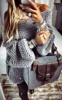 17 Best Ideas For Knitting Fashion Knitwear Sweaters Mode Outfits, Winter Outfits, Casual Outfits, Fashion Outfits, Fashion Clothes, Fashion Jewelry, Knitwear Fashion, Sweater Fashion, Diy Knit Fashion