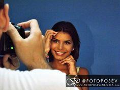 """En Foto Pose Venezuela la estrella eres tú  Quieres conocer a nuestros #FPVMODELS?  Sólo tienes que buscarnos en Facebook y en Youtube como """"Foto Pose Venezuela"""" y ahí encontraras contenido personalizado de cada uno de nuestros Talentos   Foto Pose Venezuela hacemos de tu pasión una profesión."""