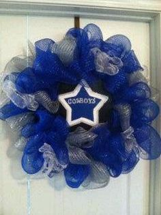 Dallas Cowboys! I can make this!! and hang it proudly!!