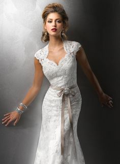 lace mermaid sweetheart wedding dress with cap sleeves