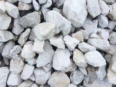 Wapień - Kamień ozdobny   Zobaczcie nasze realizacje na www.hanwil.pl biuro@hanwil.pl tel: 667 083 023 Oferujemy marmur, granit, kwarcyt, wapień, gnejs oraz wszelkiego rodzaju kamienie dekoracyjne.
