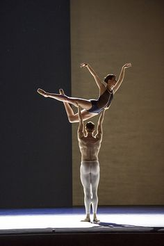 Lauren Cuthbertson and Edward Watson in The Royal Ballet's Human Seasons / Photo © ROH / Bill Cooper, 2013