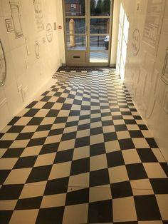 Company Use Optical Illusion to Stop People Running Through Their Hallway - BlazePress