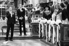 Hochzeit Salzburg Stiftskirche St. Peter Bräutigam wartet auf d