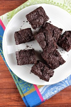Date-Sweetened Paleo Brownies
