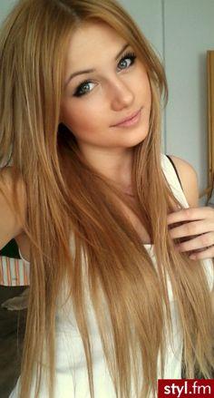 Fryzury  Długie włosy: Fryzury Długie - Andżelina Żuli - 1847746