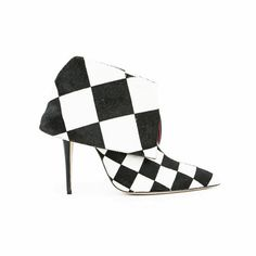 Pre-owned Manolo Blahnik Checkered Print Pony Hair Ankle Booties ($435) ❤ liked on Polyvore featuring shoes, boots, ankle booties, black, pointed-toe boots, black ankle booties, black high heel booties, stiletto booties and black boots