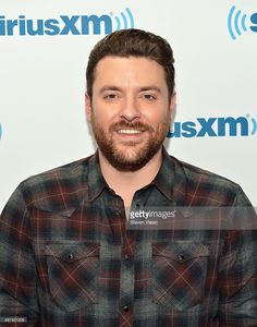 Singer/songwriter Chris Young visits SiriusXM Studios on November 16, 2015 in New York City.