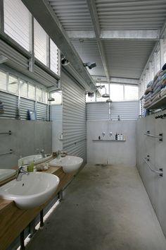 Whale Bay getaway bathroom