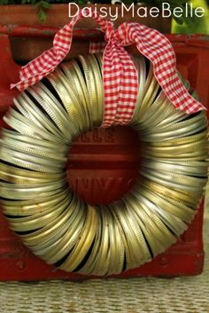 How to Make a Wreath From Canning Jar Lids - Good Idea