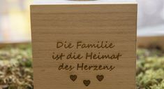 Teelichthalter Familie…     GUFRU Bamboo Cutting Board, Place Cards, Place Card Holders, Nice Things, Candle Holders, Hang In There