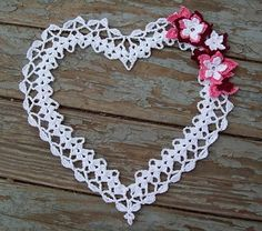 Sarahs Sweethearts: crochet thread heart w/ flowers.