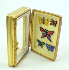 NEW FRENCH LIMOGES TRINKET BOX MINIATURE BUTTERFLY COLLECTION IN DISPLAY CASE