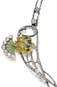 Side enamel detail: Art Nouveau plique-à-jour enamel, peridot, and diamond necklace, circa 1900. Via Diamonds in the Library.