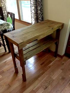 Rustic Pallet Console Table - 30 Pallet Projects That Will Make You Fall in Love | 99 Pallets - Part 3
