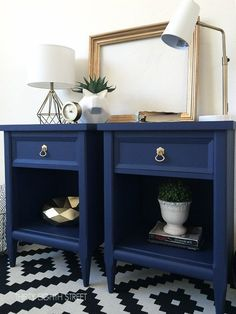 Vintage Furniture Modern Painted Nightstands With Country Chic Paint - Update vintage nightstands with paint! Thirty Eighth Street offers fabulous ideas for updating old painted furniture using paint, stain, distressing techniques, gilding and more! Refurbished Furniture, Repurposed Furniture, Shabby Chic Furniture, Vintage Furniture, Cream Furniture, Blue Painted Furniture, Vintage Decor, Country Furniture, Vintage Diy