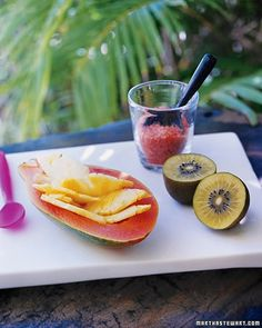 Pineapple-Filled Papayas with Kiwi and Hawaiian Pink Sea Salt delicious-desserts
