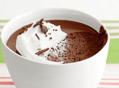 Get Food Network Kitchen's Chocolate Pots de Creme Recipe from Food Network. I think this would make a good chocolate pie filling! Chocolate Creme Brulee, Chocolate Cream, Chocolate Pots, Best Chocolate, Chocolate Desserts, Chocolate Pudding, Decadent Chocolate, Brownie Pudding, French Chocolate