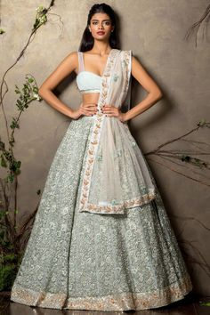Pastel lehenga by Shyamal & Bhumika collection. Bridal outfit #desibride #indianfashion #desifashion