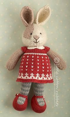 Ravelry: Seasonal dresses supplement, Christmas pattern by little cotton rabbits, Julie WilliamsThis is a free supplement to my 'Seasonal Dresses' pattern for Christmas Written up with thanks to all those who have bought my patterns and supported Knitted Bunnies, Knitted Animals, Knitted Dolls, Crochet Dolls, Knitted Stuffed Animals, Knitting For Kids, Knitting Projects, Crochet Projects, Knitting Toys