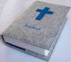 PERSONALISIERT: Gotteslobhülle mit Filzkreuz und gesticktem Namen für die Großdruck-Ausgabe ! www.maultaeschle-filz.de