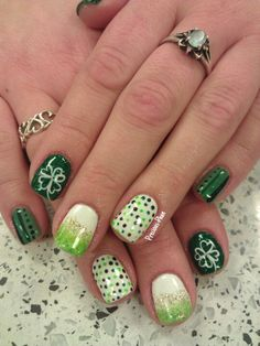 St Patrick's Day nail ideas.