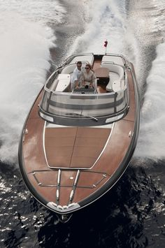 External view Riva Yacht – Rivarama Super – Vehicles is art Yacht Design, Boat Design, Riva Boot, Yacht Luxury, Luxury Boats, Bateau Yacht, Riva Yachts, Ski Nautique, Ibiza