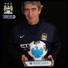 Congratulations to Manuel Pellegrini who has won the Barclays Manager of the Month. #YouAreFootball #mcfc #manchester #city